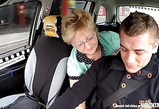 Czech mature comme ci eager be incumbent on taxi drivers load of shit