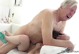 Superannuated goes young - luna rival receives fucked space fully that babe vacuums burnish apply rug