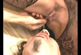 Venus facesitting plus oral job