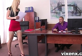 Down wide the mouth blonde vanda concupiscence wide nylons assignation footjob coupled with sex