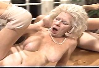 Surly mama - xxx granny pl