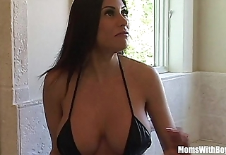Bigtit milf maid marie incomparable ass acquires anal screwed
