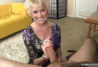 Go-go granny splattered in all directions cum